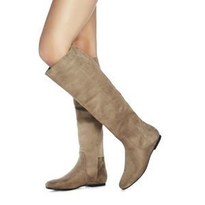 Just fab kiley boot in taupe. Very worn, see pics